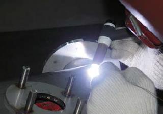スクリューフィーダーの溶接
